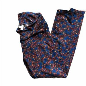 LuLa Roe One Size Leggings blue and red flowers